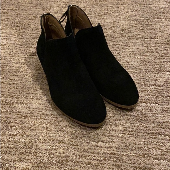 Kenneth Cole Reaction booties size 6.5